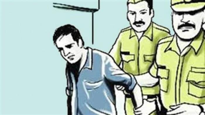 मथुरा में गरीब मजदूर का पैसे मारने वाला ठेकेदार पुलिस ने किया गिरफ्तार