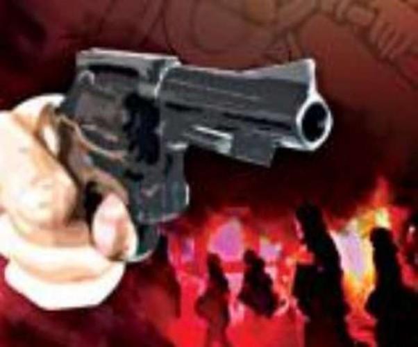 कानपुर के बिल्हौर में रिटायर्ड दारोगा के इकलौते बेटे की गोली मारकर हत्या