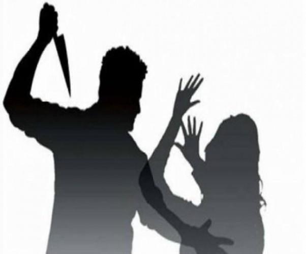 दहेज हत्यारोपियों की एसपी से गिरफ्तारी की मांग