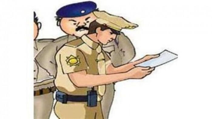 कानपुर के घाटमपुर में ज्योतिषी ने बताया कहां गड़ी है लाश फिर पुलिस चौकी घेर ग्रामीणाें ने काटा हंगामा, घंटों चला बवाल