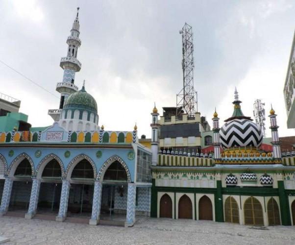 निदा खान के शौहर शीरान रजा खां ने की दरगाह आला हजरत के सज्जादानशीन से मारपीट