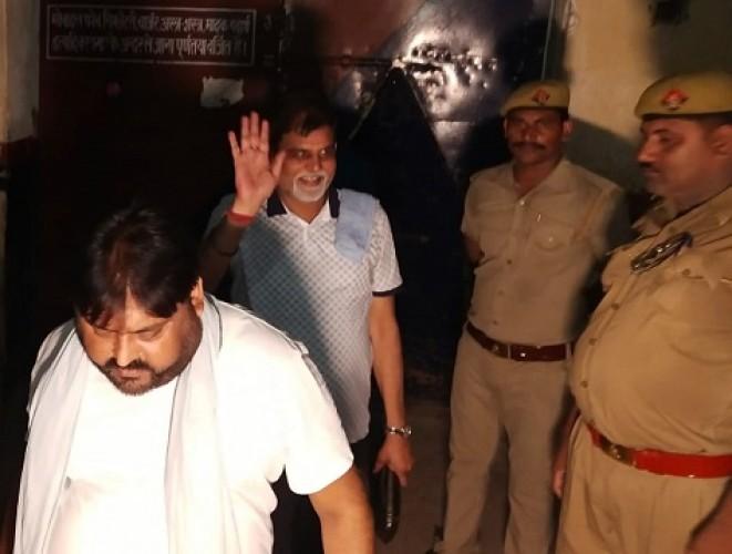 सजायाफ्ता पूर्व विधायक अशोक चंदेल को भेजा गया आगरा जेल