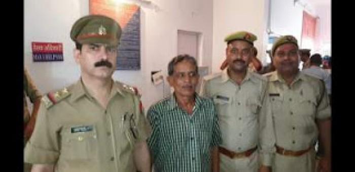मथुरा में 25 हजार के इनामी बदमाश हर्षवर्धन को पुलिस ने किया गिरफ्तार, रंगा बिल्ला गैंग का सक्रिय सदस्य था
