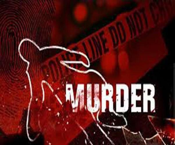 कानपुर के चौबेपुर थाना क्षेत्र मे शाम को पत्नी को छोडऩे चौराहे तक गए पूर्व प्रधान के भाई की हत्या