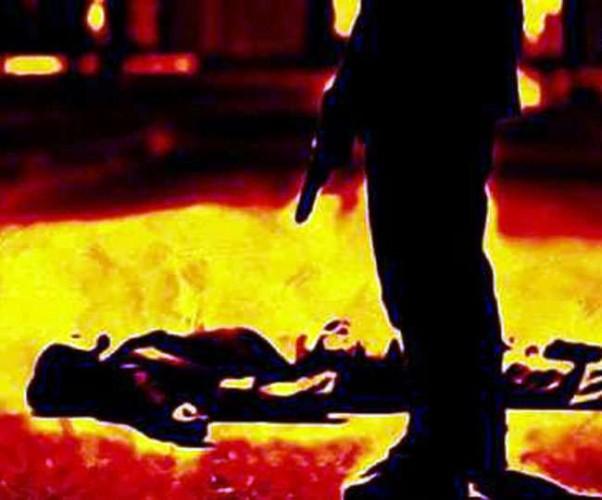 एटा में प्रेमी की हत्या के बाद बेटी को मारी गोली, मरा समझकर नहर किनारे छोड़कर भाग निकले