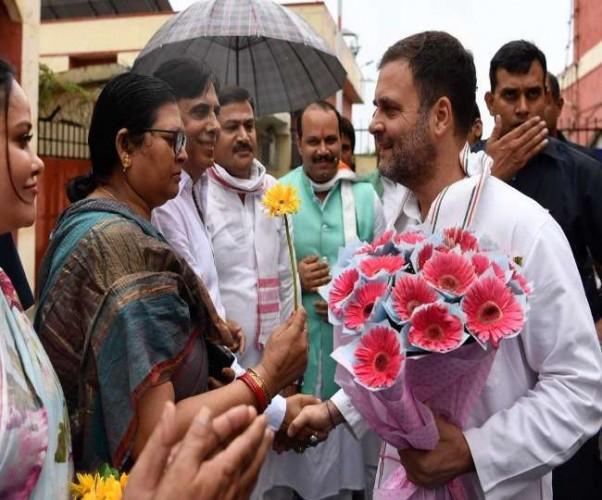 लखनऊ एयरपोर्ट से राहुल गांधी अमेठी रवाना, आज होगी लोकसभा चुनाव में हार की समीक्षा