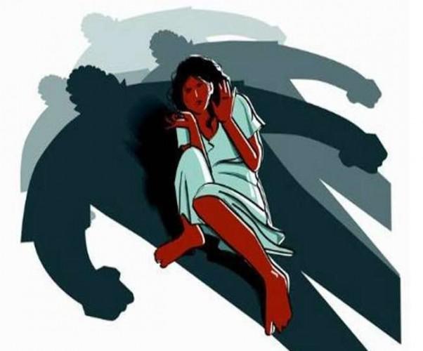 पीजीआई कोतवाली क्षेत्र मे एक बच्चे का पिता किशोरी बहला भगा ले जाने के बाद किया दुष्कर्म