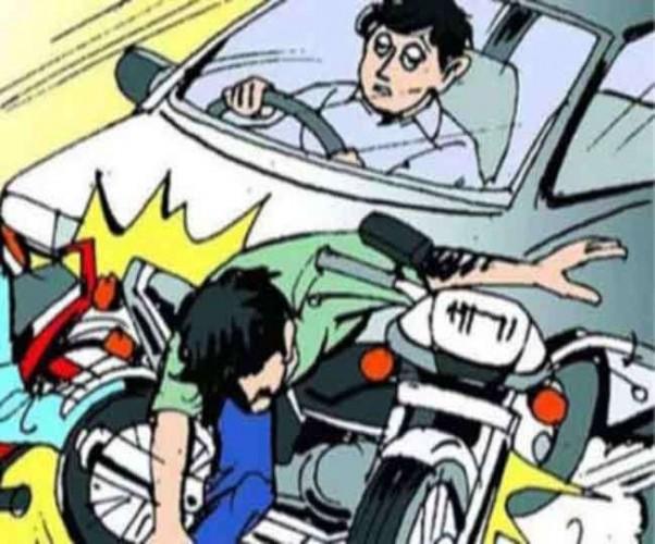 राजधानी के कठौता चौराहे के पास टक्कर के बाद नाले में गिरा बाइक सवार, रात भर कार के नीचे दबा रहा-मौत