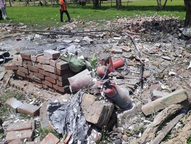 उन्नाव  अजगैन थाना क्षेत्र  में पटाखा भंडार में विस्फोट होने से आतिशबाज की मौत, कई घायल