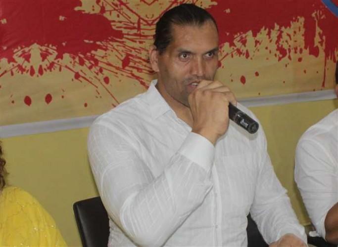 काशी से महाबली खली ने मचा दी खलबली, कहा- 'पाकिस्तान अपनी औकात में रहे'