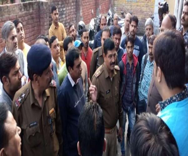 मुजफ्फरनगर में नशीली दवा बिक्री को लेकर हरियाणा पुलिस का छापा