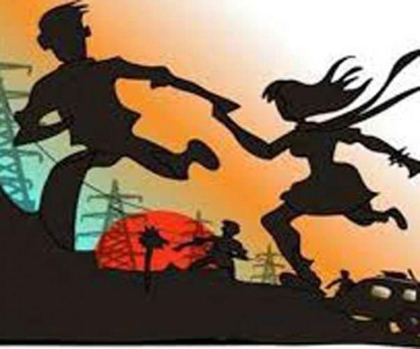 लखीमपुर में सगाई करने के बाद प्रेमिका के संग भागा युवक