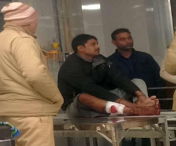 लखनऊ में पान-मसाला दुकानदार से लूटपाट, पैर पर गोली मार भागे बदमाश