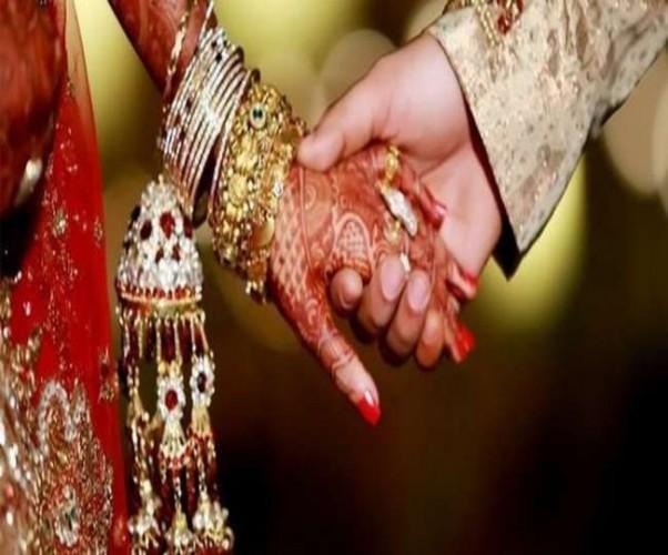 सिद्धार्थनगर में शादी अनुदान योजना में अपात्रों के चयन पर आठ बीडीओ नोटिस जारी