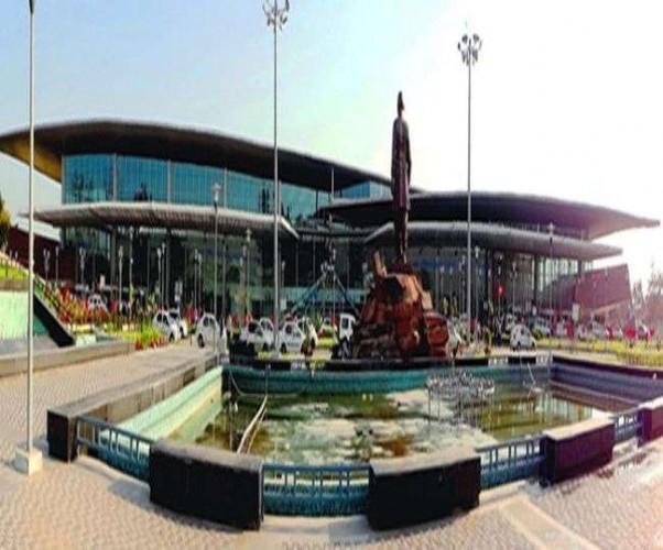 एक अप्रैल से अडानी ग्रुप के हवाले होगा लखनऊ का अमौसी एयरपोर्ट