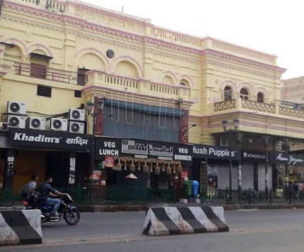 यूपी के सभी मॉल बंद, लखनऊ, नोएडा और कानपुर शहर को सैनिटाइज करने का आदेश