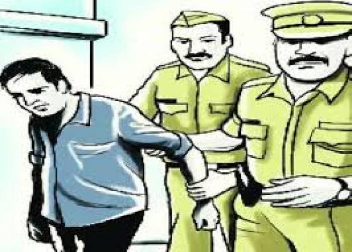 मेरठ मे कोरोना वायरस को लेकर सोशल मीडिया पर भड़काऊ पोस्ट डालने पर मौलवी गिरफ्तार