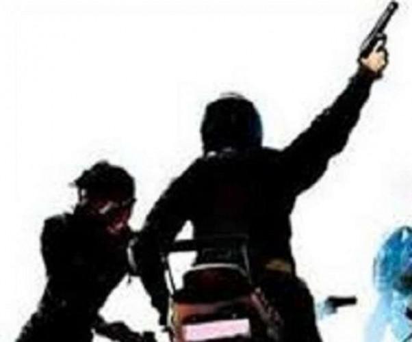 भदोही में बाइक सवार बदमाशों ने युवक को मारी गोली,