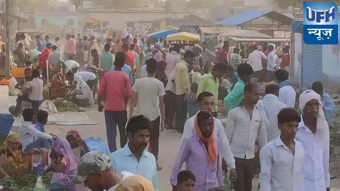 भानपुर में बाजार में  लॉक डाउन की उड़ रही धज्जियां सैकड़ो की तादाद में उमड़ रहे लोग