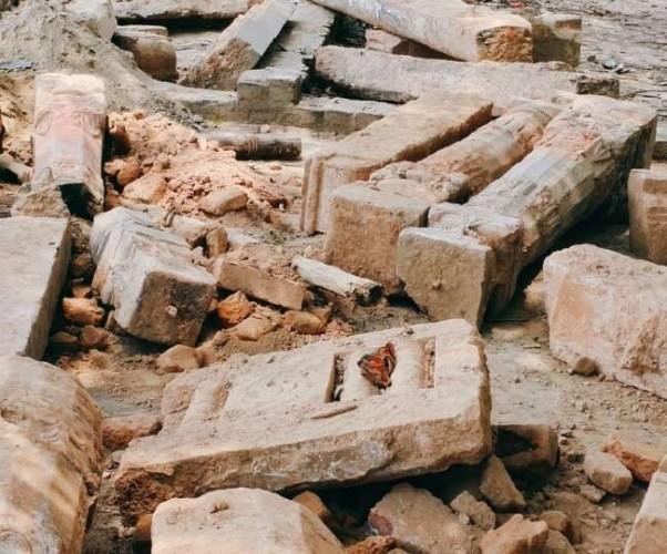 रामजन्मभूमि परिसर में मिले प्राचीन मंदिर के अवशेष, विक्रमादित्य युग के स्तंभ भी मिलने के संकेत