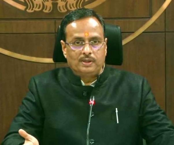 यूपी व राजस्थान सरकार बस पॉलिटिक्स पर आमने-सामने डॉ. दिनेश शर्मा ने कहा- कांग्रेस देश से माफी मांगे