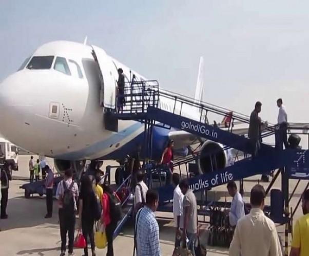 विदेश में फंसे भारतीयों को लेकर आए दस विमान, मिली राहत