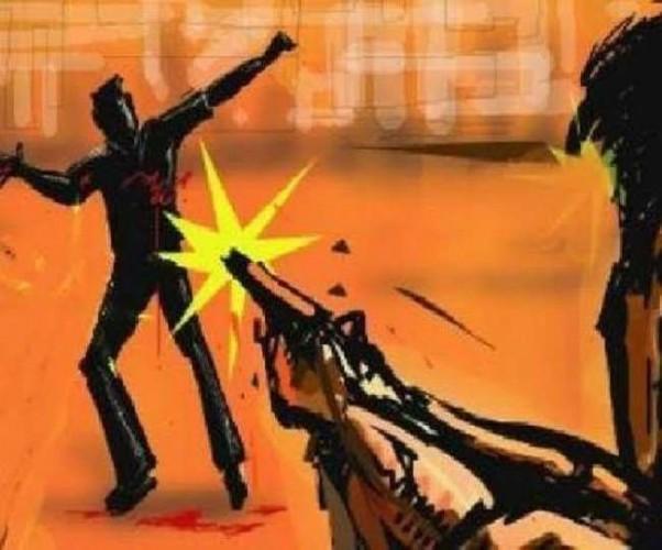 सुल्तानपुर में बाइक सवार बदमाशों ने युवक पर की ताबतोड़ फायरिंंग, सिर-सीने में लगी गोली-मौत