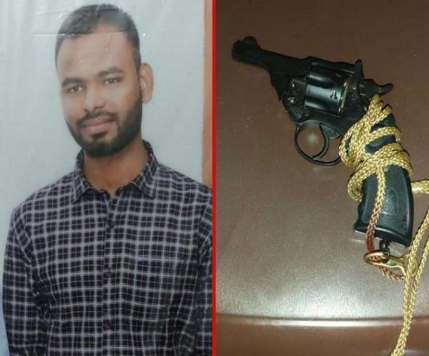 बाराबंकी में छात्र ने लाइसेंसी रिवॉल्वर से खुद को मारी गोली,