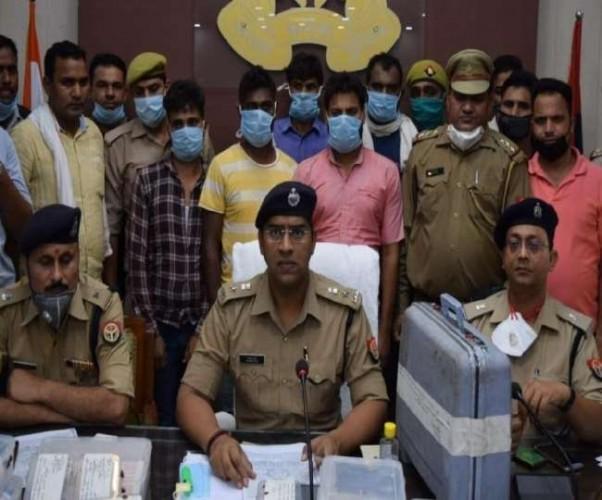 अमरोहा के बदमाशों ने की थी स्टांप विक्रेता से लूट, छह गिरफ्तार