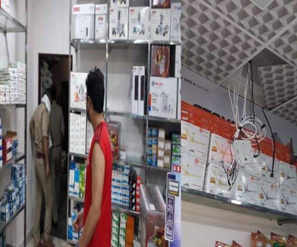 मेरठ में पुलिस चौकी के सामने इलेक्ट्रिकल्स शोरूम में चोरी, सीसीटीवी की डीवीआर भी ले गए बदमाश