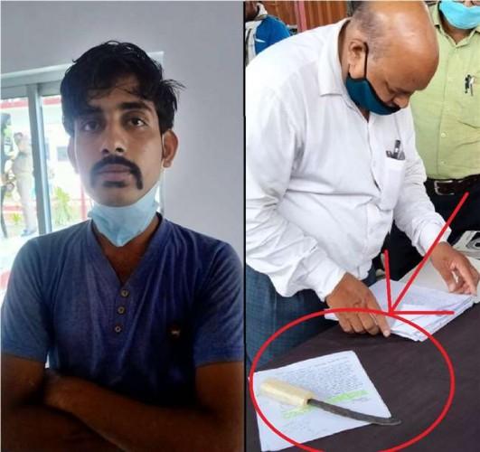 वाराणसी के रोहनिया थाने पर जन सुनवाई के दौरान युवक ने चाकू से गला काटने का किया प्रयास