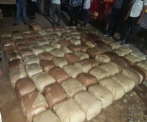 आगरा पुलिस को बड़ी सफलता, 500 किलो गांजे की खेप की बरामद, तीन तस्कर पकड़े