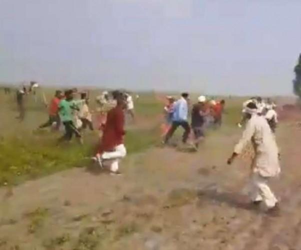 बलिया में हत्याकांड पर विपक्ष ने छेड़ा कानून-व्यवस्था का मुद्दा, निष्पक्ष जांच की मांग
