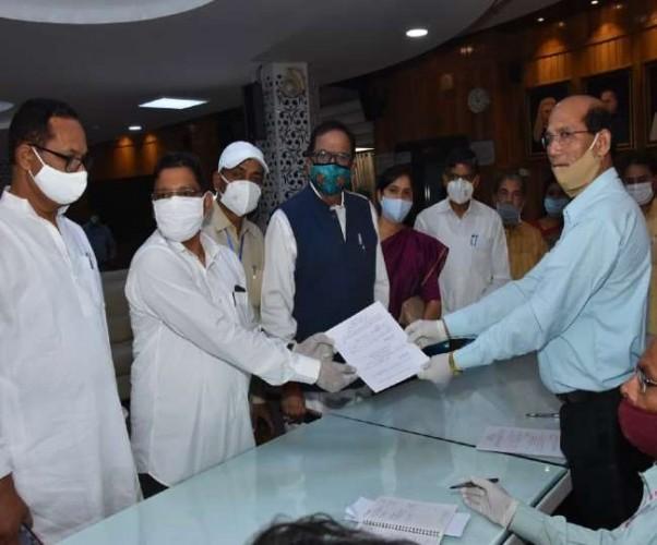बीएसपी प्रत्याशी रामजी गौतम ने राज्यसभा चुनाव के लिए किया नामांकन
