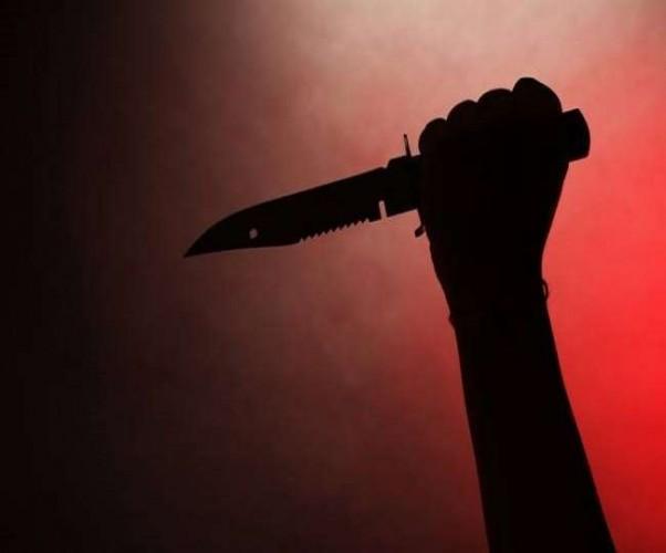 कौशांबी में रंजिश में युवक के पेट में घोंपा चाकू, हालत नाजुक