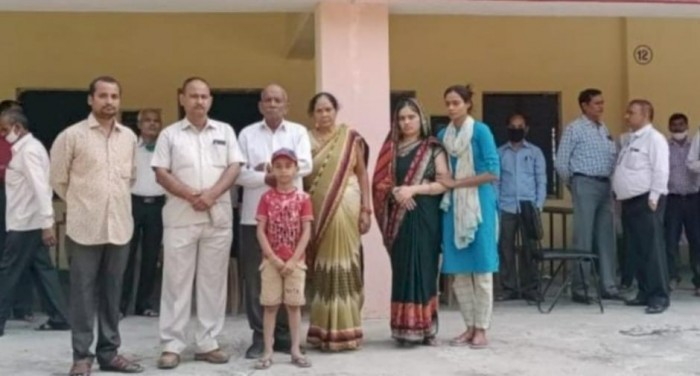 विद्यालय परिवार ने शहीद को श्रद्धांजलि अर्पित की