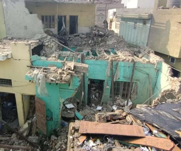 मेरठ में पटाखों के विस्फोट से मकानों की उड़ी छत, कांग्रेस नेता समेत दो की मौत