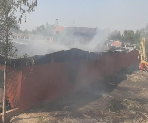 सहारनपुर में पटाखा फैक्ट्री में लगी भयंकर आग, दस मजदूर झुलसे, तीन की हालत गंभीर