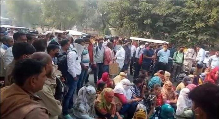 बेसिक शिक्षा विभाग की बड़ी लापरवाही 139 शिक्षक  काउंसलिंग से हुए बाहर।