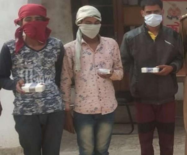 बिधनू में मौरंग कारोबारी के घर से नकदी और जेवरात लूटने वाले लुटेरों को पुलिस ने किया गिरफ्तार