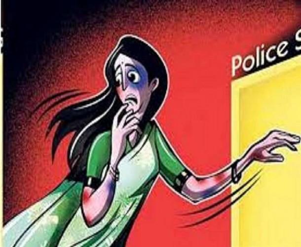 कानपुर मे प्रेमी के साथ जेल जाने की जिद पर अड़ी प्रेमिका, थाने में हाईवोल्टेज ड्रामा