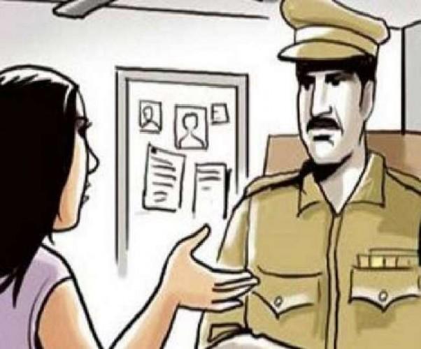 लखनऊ में महिला संग आपत्तिजनक हालत में पकड़ा गया व्यवसायी, थाने पहुंची पत्नी