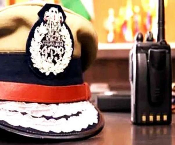 उत्तर प्रदेश में 43 आइपीएस अधिकारियों का तबादला, बदले गए 16 जिलों के SSP व SP