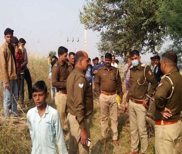 अलीगढ़ मे युवक की हत्या कर शव हसनपुर रजबहा में फेंका