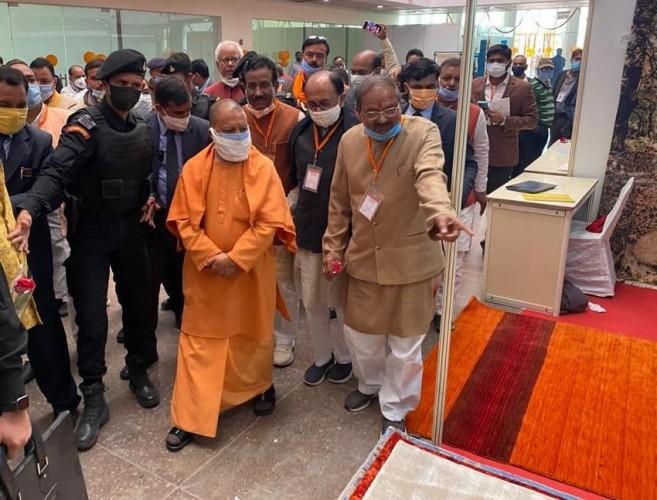 पहले था मजबूर भारत, प्रधानमंत्री नरेंद्र मोदी ने बनाया मजबूत - मुख्यमंत्री योगी
