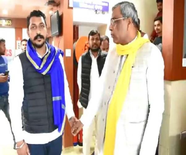 भीम आर्मी के प्रमुख चंद्रशेखर ने लखनऊ में की ओम प्रकाश राजभर से भेंट, गठबंधन में शामिल होने की संभावना