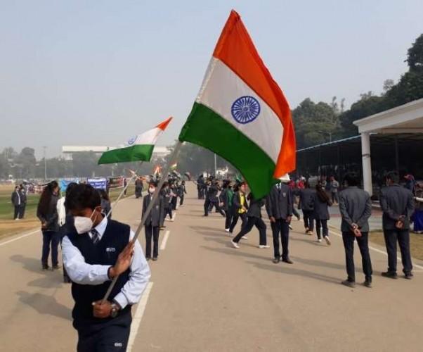 लखनऊ पुलिस लाइन में गणतंत्र दिवस की रिहर्सल