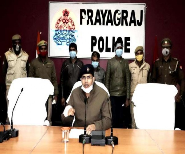 फिरौती के लिए गला घोंटकर युवक की हत्या में तीन साथी गिरफ्तार