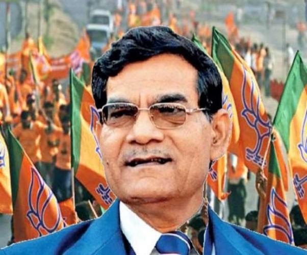 BJP में कल शामिल होंगे गुजरात कैडर के रिटायर्ड IAS अरविंद शर्मा