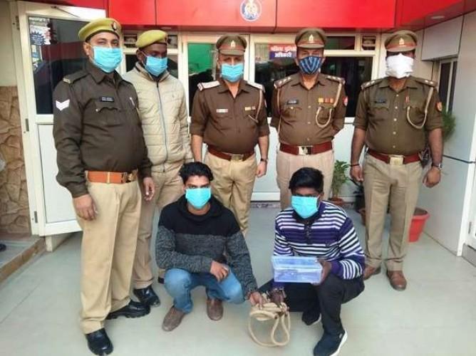 वाराणसी के मंडुआडीह में चोरी की बाइक व तमंचा संग दो गिरफ्तार